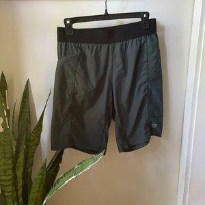 Men's Manduka Shorts size small
